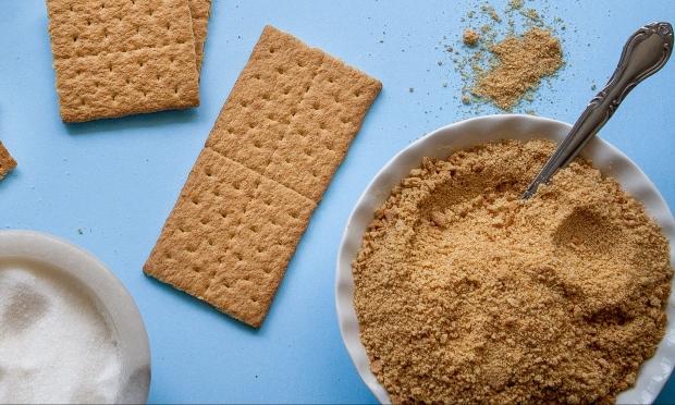 baking-bread-knife-brown-162786